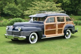 1942 Chrysler Windsor Town & Country Barrel Back 9-Pass Station Wagon sold for a record breaking $440,000