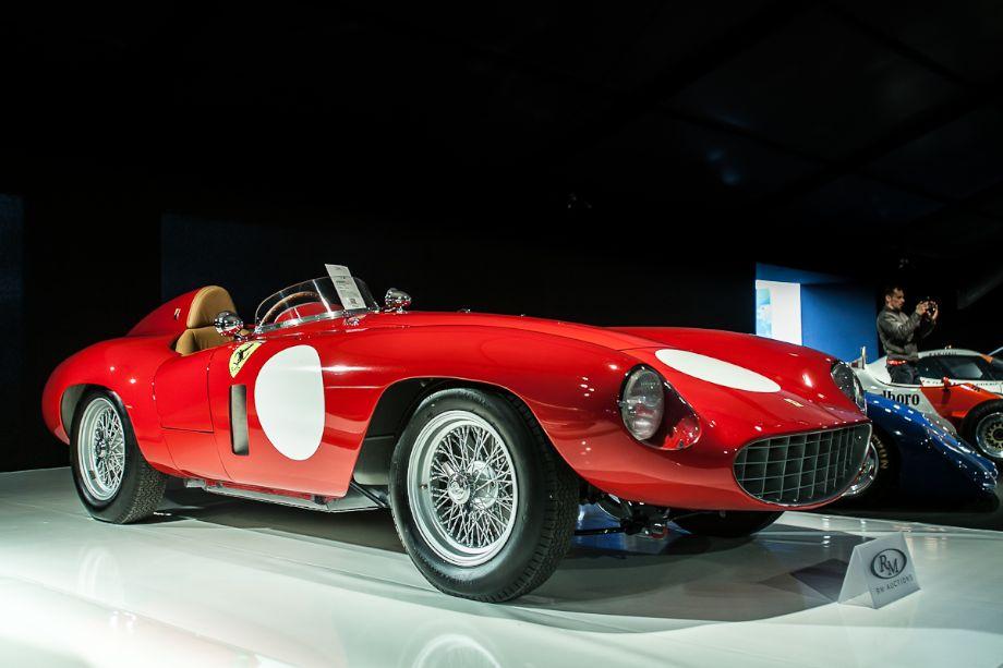 1955 Ferrari 750 Monza Spider by Scaglietti - RM