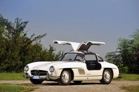 1955 Mercedes-Benz 300SL Gullwing Sold for €345,200 at Reims