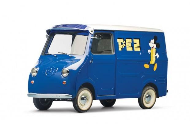 1958 Goggomobil TL-400 Transporter PEZ Dispenser