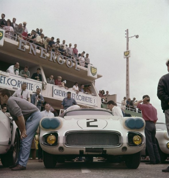 Chevrolet Corvette Le Mans 1960 photo