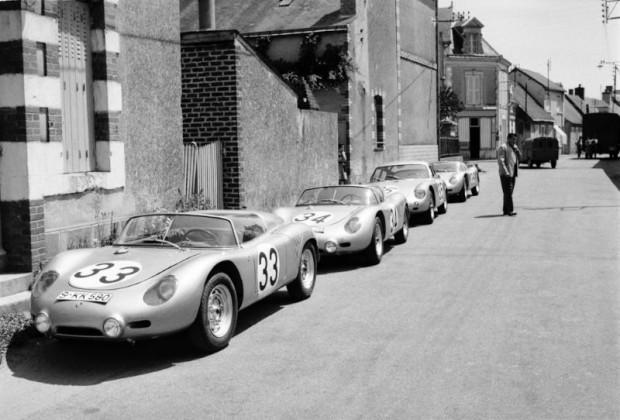 1960 Porsche Le Mans Team included three 718 RS 60 models and the 356 B 1600 GS Carrera Abarth GTL