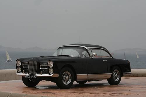 <strong>1961 Facel Vega HK500 Sold for €105,800</strong>