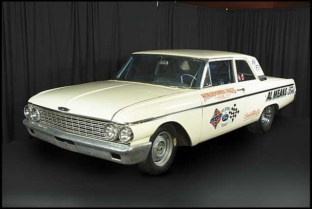 <strong>1962 Ford Galaxie 427 cubic inch</strong> – Lightweight Phil Bonner Drag Car