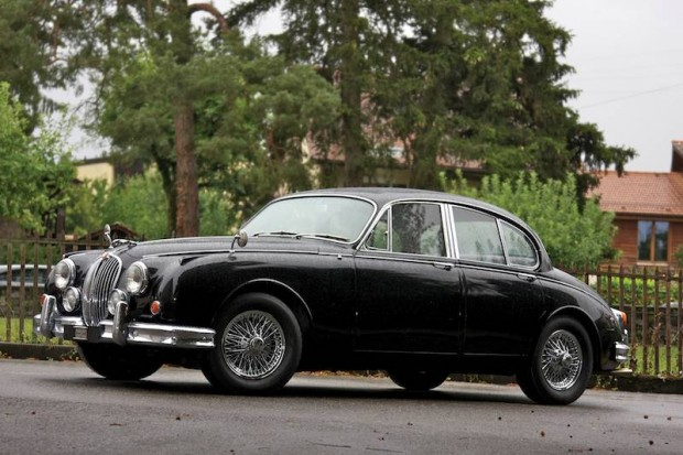 1963 Jaguar Mk II by Vicarage