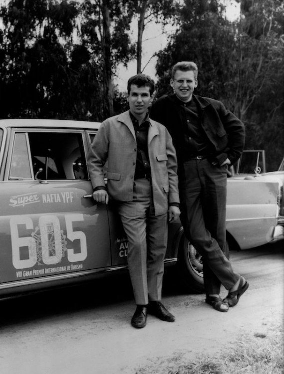The Argentine Touring Car Grand Prix, 28 October to 7 November 1964: one-two-three victory for Mercedes-Benz. Dieter Glemser and Martin Braungart (starting number 605) with their Mercedes-Benz 300 SE (W 112). The driving team of Glemser and Braungart came second in the overall rankings.