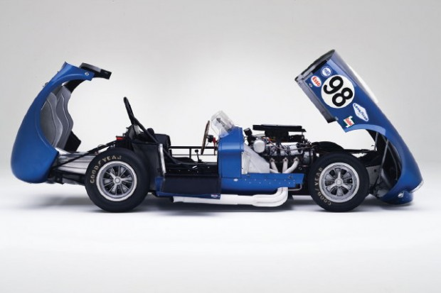 <strong>1964 Shelby Cobra 427 Prototype CSX 2196 'Flip-Top'</strong>