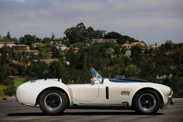 1965 Shelby 427 Cobra Side Angle