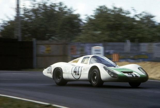 Le Mans 1967. 41: Hans Herrmann und Jo Siffert auf 907 LH, 5. Pl.Ges.kl und Sieg in Klasse Prototypen 1601-2000