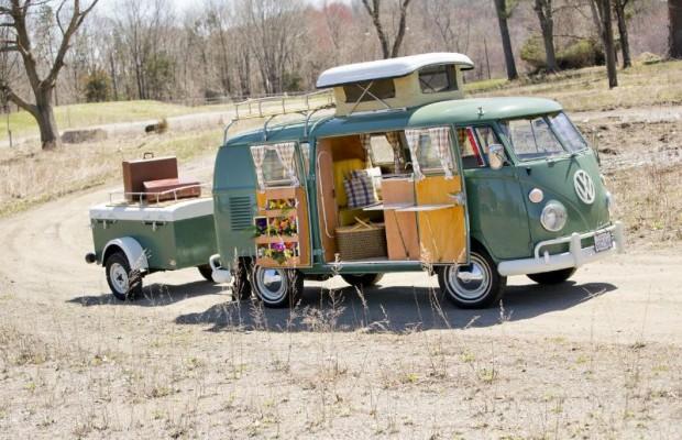 1967 Volkswagen Type 2 Westfalia Deluxe Camper