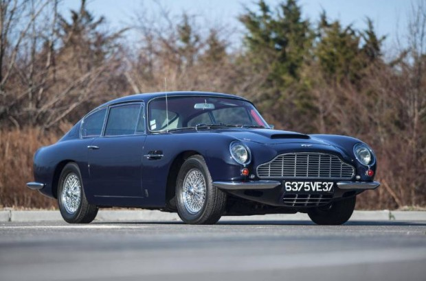 1969 Aston Martin DB6 Coupe