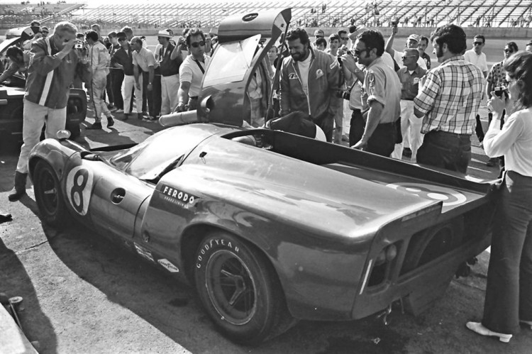 James Garner welcoming Lothar Motschenbacher after that car finished 2nd in the 1969 24 Hours of Daytona.