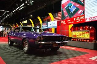1970 Dodge Hemi Challenger R/T SE sold for $185,000
