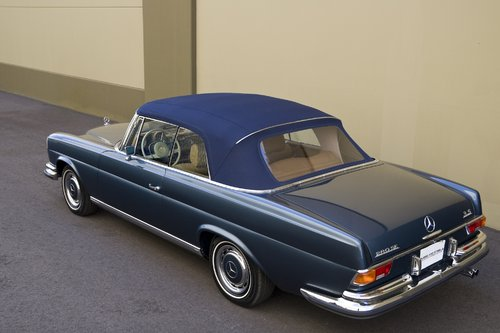 1971 mercedes benz 280se 3.5 convertible - sports car digest - the