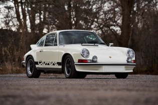 1973 Porsche 911 RS Touring sold for $594,000