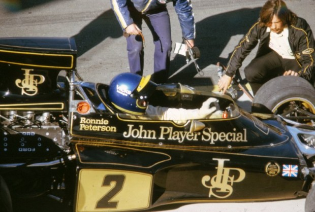 Ronnie Peterson in Lotus 72
