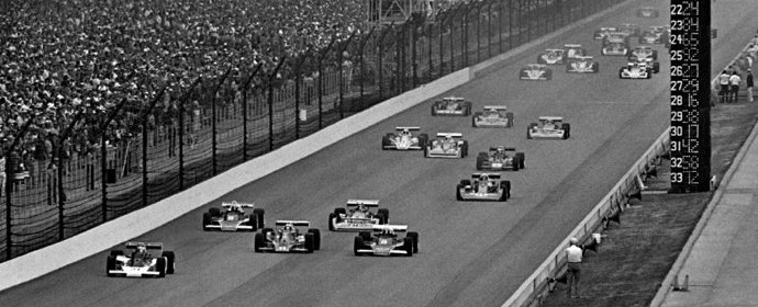 Start of the 1977 Indianapolis 500