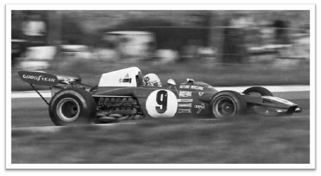 Jacky Ickx racing Ferrari 312 B2