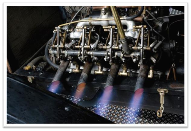 Chandler-Curtiss Racing Car - Engine