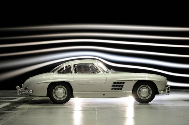 Wind tunnel measurements Mercedes-Benz 300 SL (W 198 series, 1954 to 1957).
