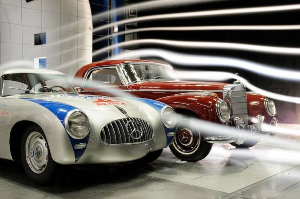 Wind tunnel measurements for Mercedes-Benz 300 SL (W 194 series, 1952) compared with a model 300 S (W 188 series, 1951 to 1958).