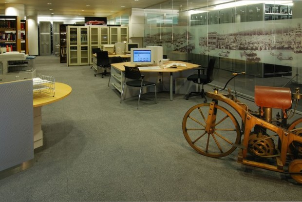 Interface between company and public: the archive provides experts with visitor workstations to conduct their research