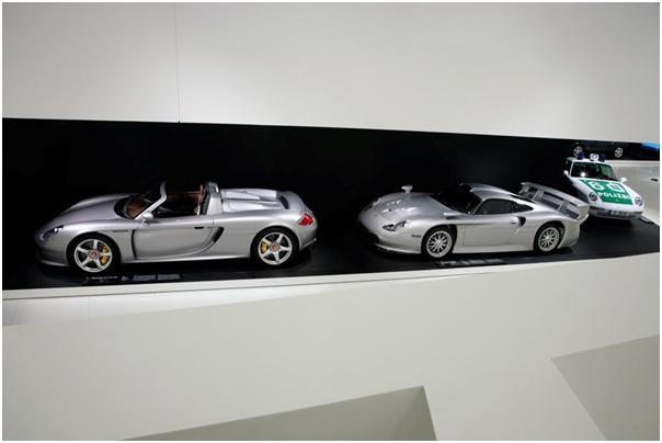 2003 Porsche Carrera GT, 1997 Porsche 911 GT1