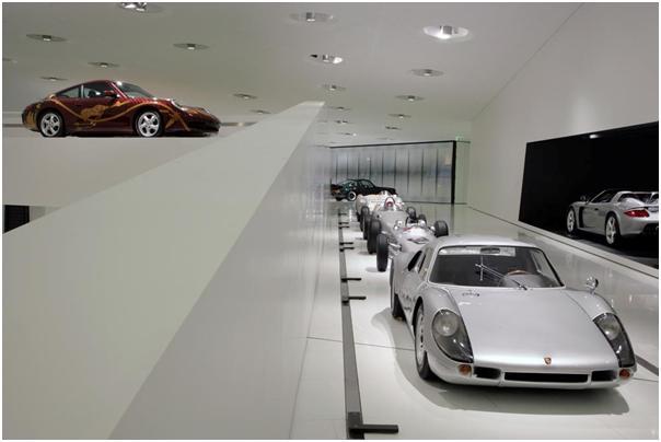 1964 Porsche 904 Carrera GTS and 1999 Porsche 911 Carrera Biggibilla