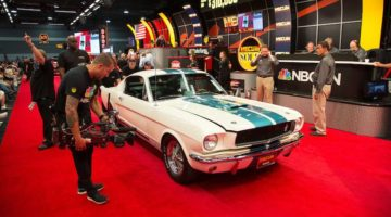 1965 Shelby GT350 sold for $305,000