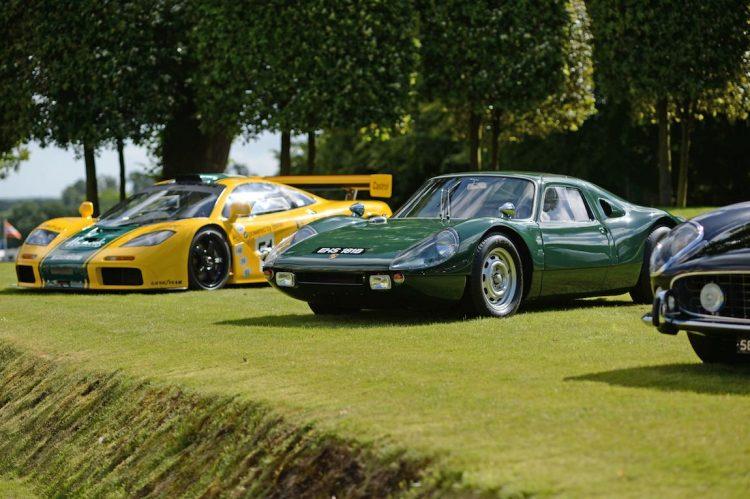 1995 McLaren F1 GTR and 1964 Porsche 904 GTS (photo: Rufus Owen)