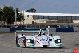 Andy Wallace, 05 Audi R8 LMP