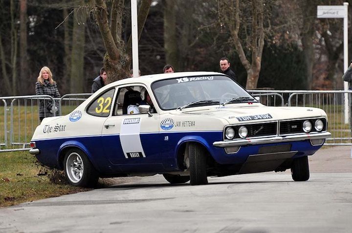 1973 Chevrolet Firenza gets the tail out