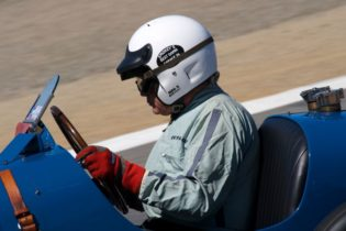 Ivan Zaremba takes the #6 1930 Bugatti Type 35B down the Corkscrew.