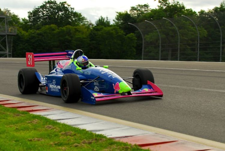 Travis Engen- 2001 Lola T97/20.