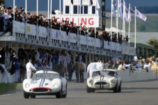 1962 Maserati Tipo 151 - Joe Colasacco and Derek Hill
