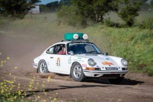 Car 41 Stan Gold(USA) / Brant Parsons(USA)1965 - Porsche 911, Rally of the Incas 2016