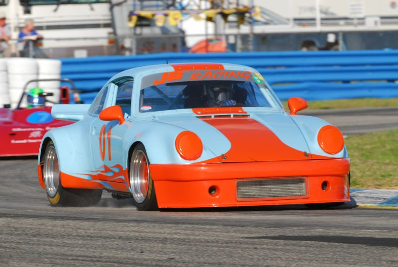Ken McKinnon 1972 Porsche 911 RSR.
