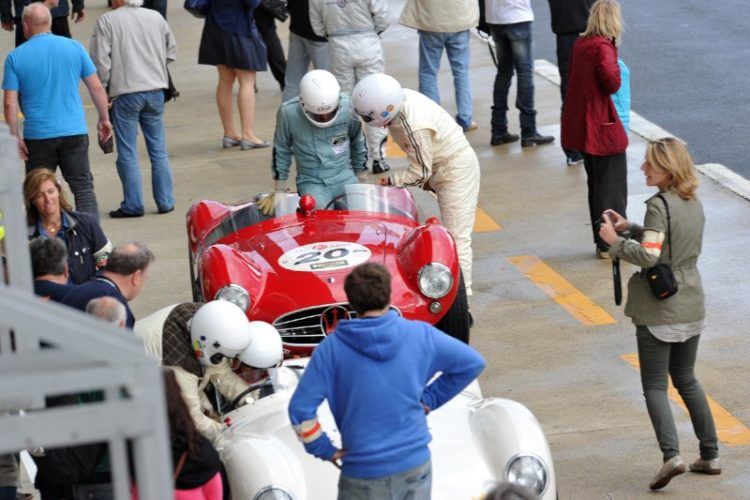 Driver change in the Maserati A6GCS - Le Mans Classic 2012