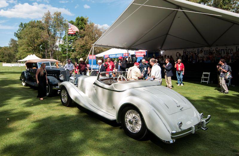 Best of Show Winners - 1933 Chrysler Imperial Dual Cowl Phaeton and 1933 Delage D8S De Villars Roadster