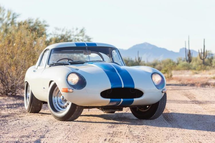 Bonhams Scottsdale 2017 Jaguar E-Type Lightweight Competition S850667