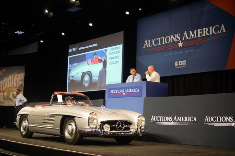 The sale-topping 1963 Mercedes-Benz 300SL Roadster crosses the Fort Lauderdale auction block (photo: Jonathan Lay)