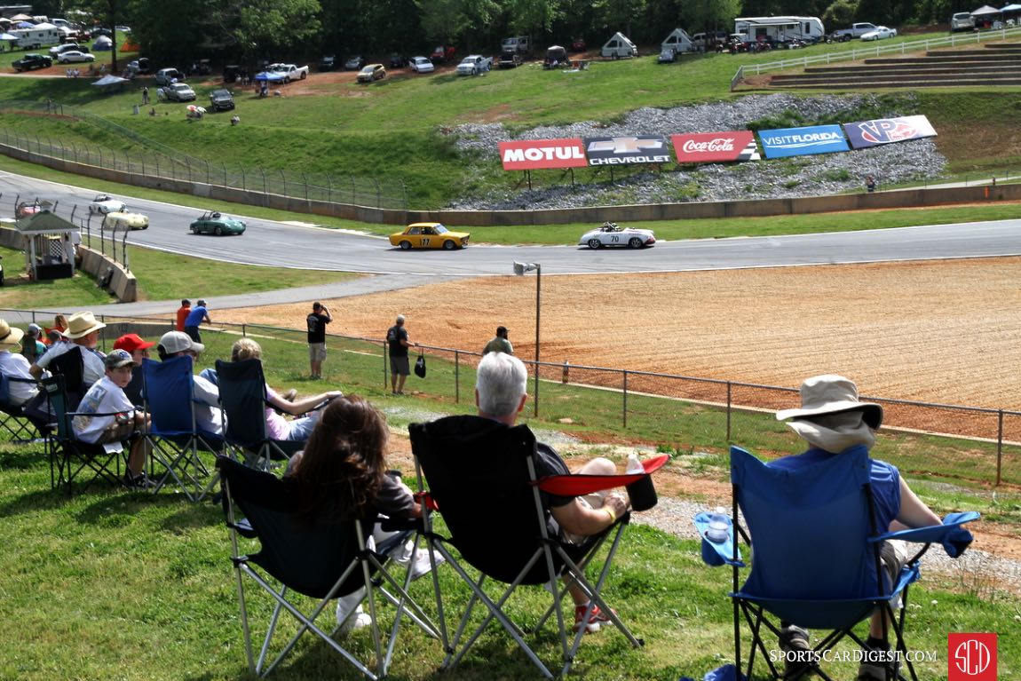 A nice day for watching races.