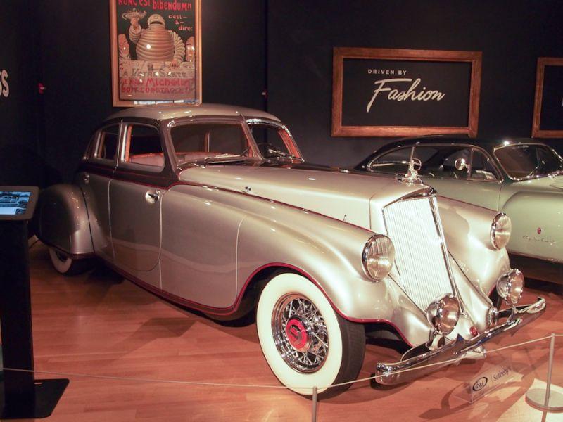 1933 Pierce-Arrow Silver Arrow 4-Dr. Sedan
