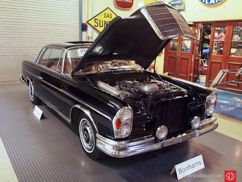 1963 Mercedes-Benz 300SE 2-Dr. Hardtop