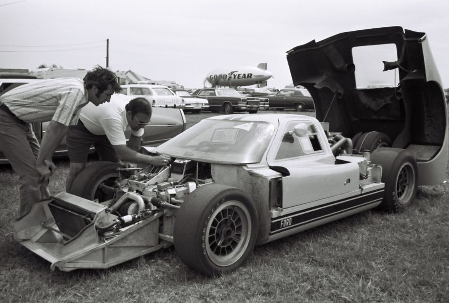 Ford GT40 in the paddock