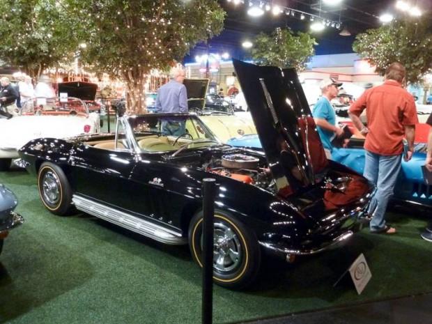 1966 Chevrolet Corvette 427-425 Roadster