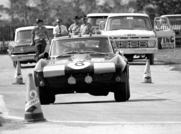 #6 Chevrolet Corvette of Don Yenko and John Bushell