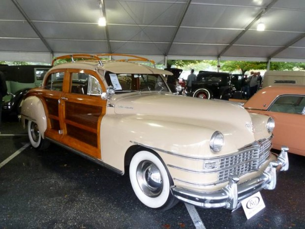 1948 Chrysler Windsor Town and Country 4-Dr. Sedan