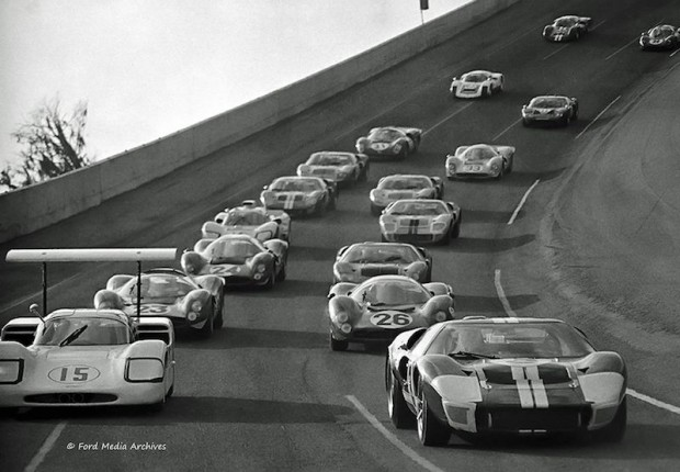 Pace lap prior to the start of the 1967 Daytona 24-Hour race