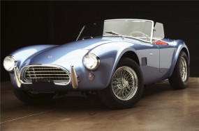 1965 289 Shelby Cobra roadster sold for $440,000